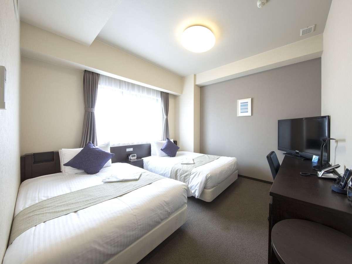 <ツインルーム一例> 細部まで快適さを追求した広々とした客室です。