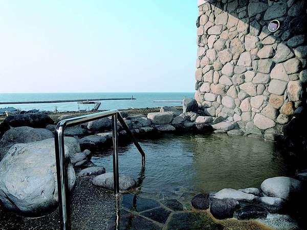 日本海を望む露天風呂(男女日替り)