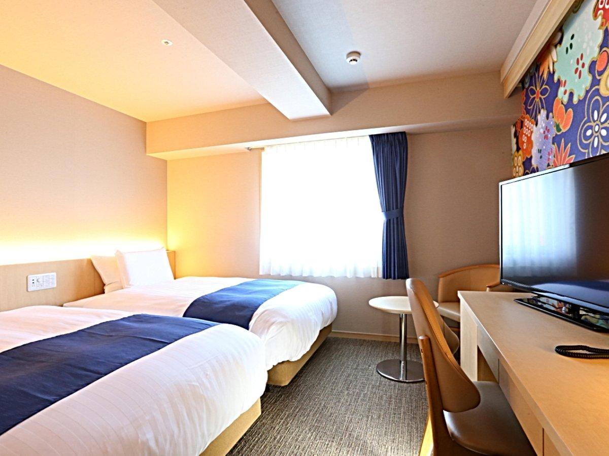 ツイン(20㎡)ご家族、友達、カップルでのご宿泊に♪2台のベッドを揃えてハリウッドスタイルも♪