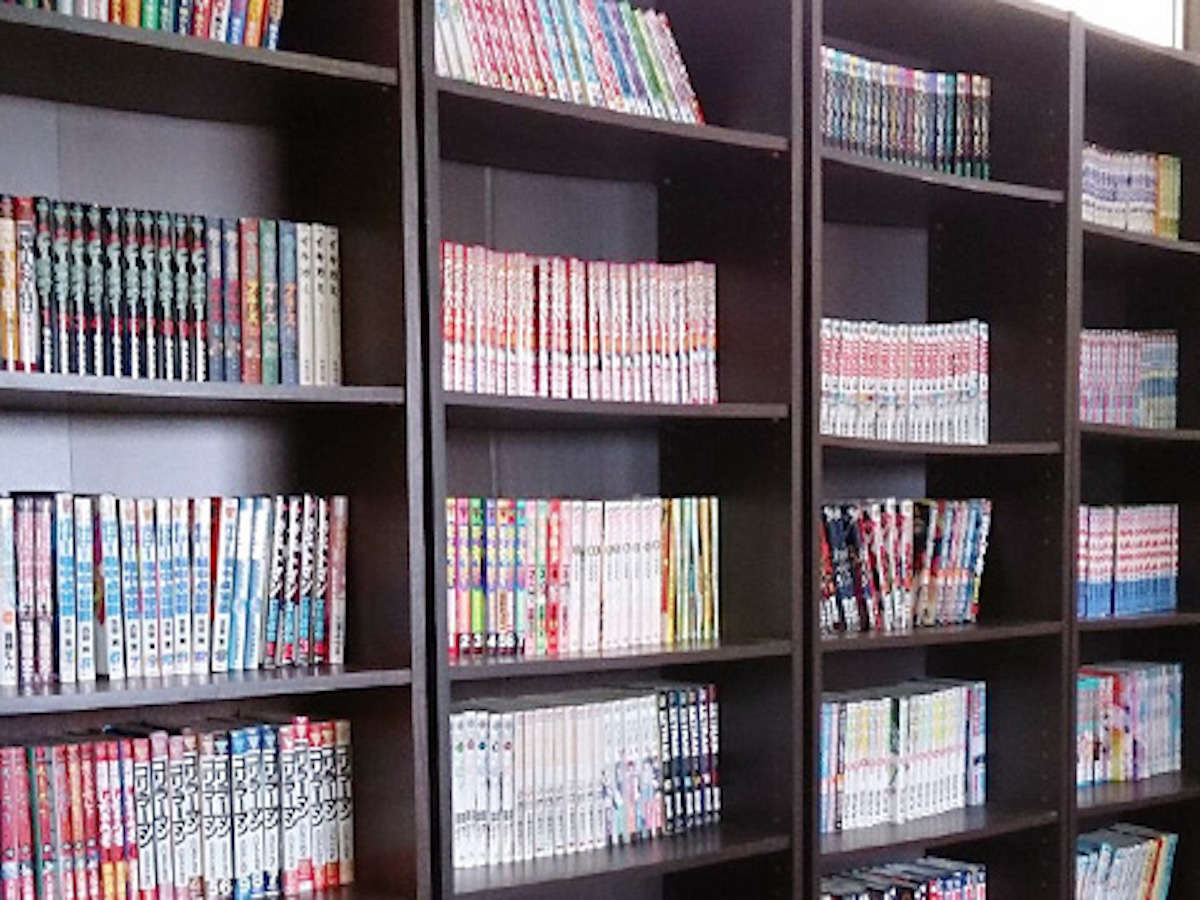 リラクゼーションルームに漫画3000冊以上ご用意しにております!!