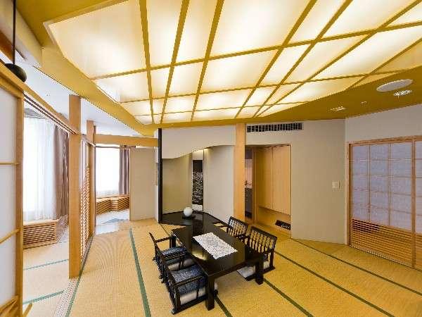 ☆グランドスイートルーム☆ 畳の温もりを感じられる一部屋。二間続きでベッドルームも併設。