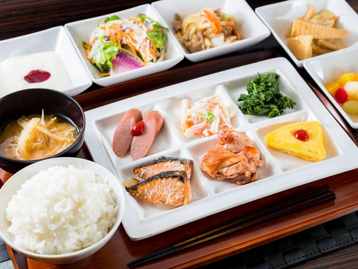 和洋食のバイキング朝食です♪