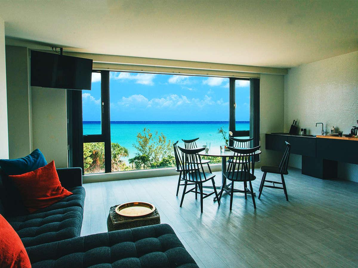 ■瀬名波-senaha-■【コンセプト・Jr.スイート】[オーシャンビュー]綺麗な沖縄の海を見ながらお寛ぎ下さい