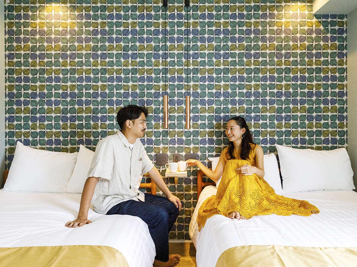 ■瀬名波-senaha-■【コンセプト・Jr.スイート】[ベッドルーム]デザイナーこだわりの家具でお寛ぎ下さい。