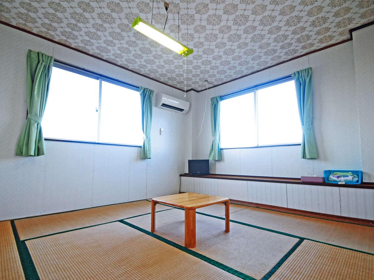 【客室】清潔感のある広々とした和室です♪