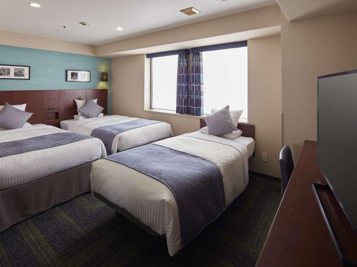 広さ:25平米 ベッド幅:110cm×2台 90cm×1台