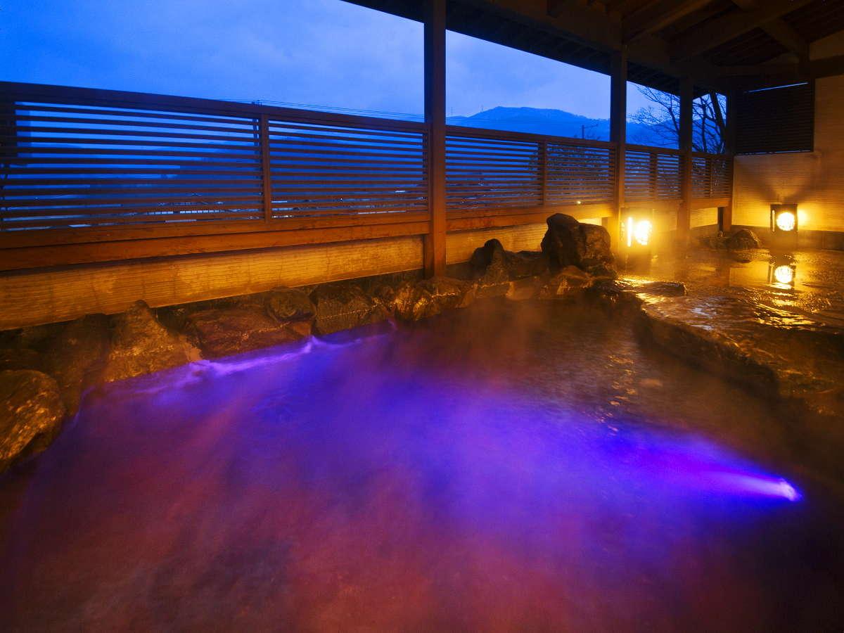 新館-彩心-◆露天風呂◆心地よい風と幻想的な光が彩る癒しのひととき