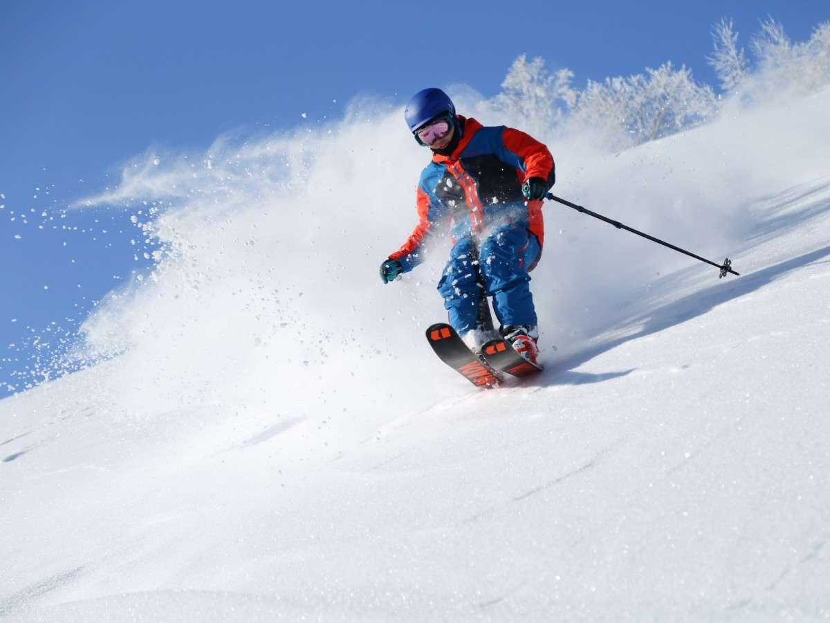 [スキー&スノーボード]栂池高原スキー場・親の原ゲレンデ徒歩1分!