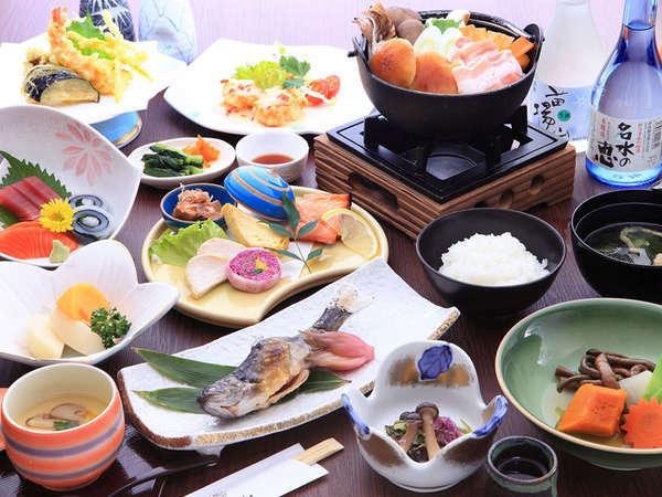 ほっとする優しい味わいのお料理の数々(ご夕食一例)