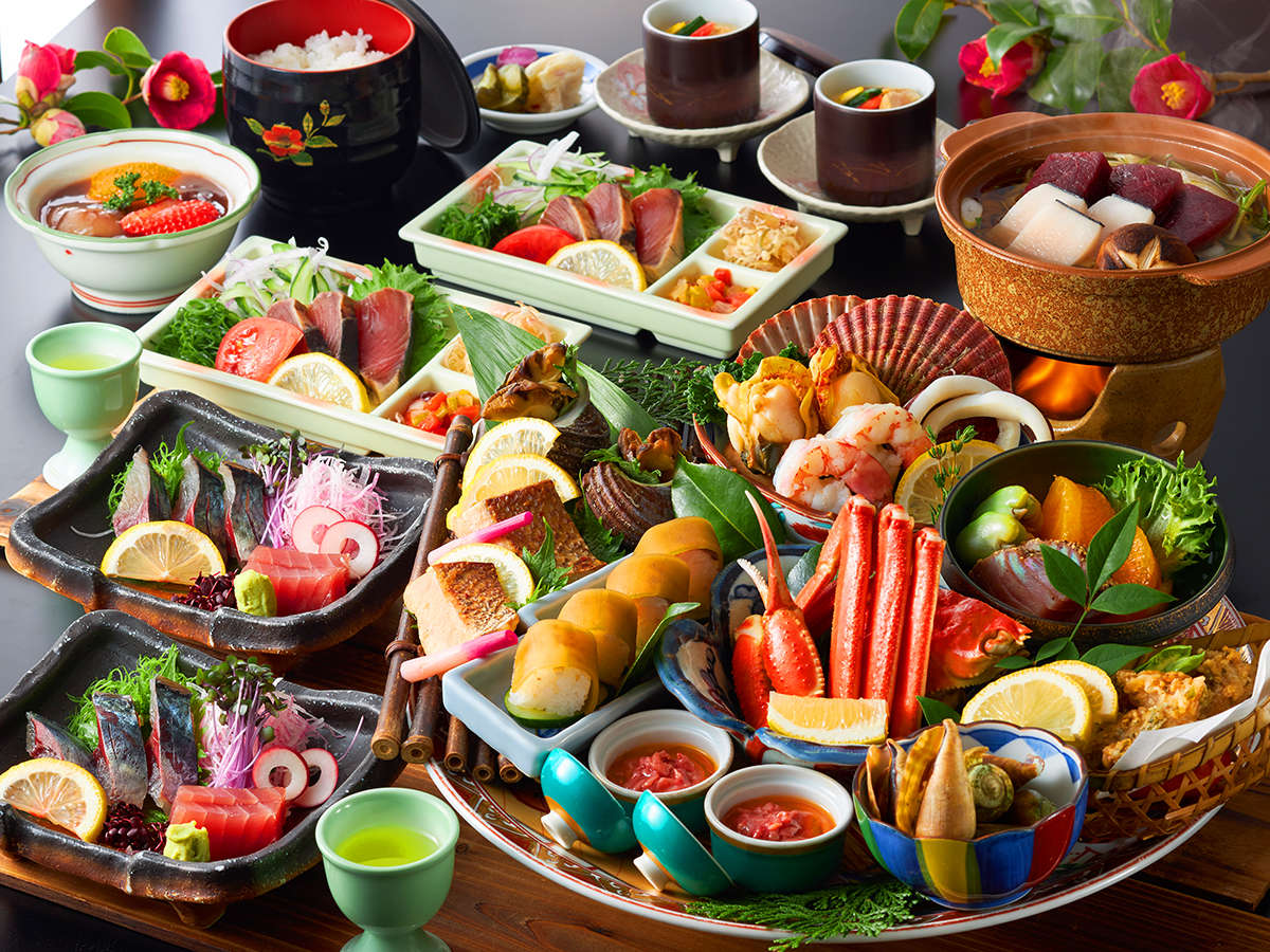 ◆皿鉢コース(一例)これぞ土佐清水の≪おもてなし≫!味だけでなくボリュームにも拘った皿鉢料理に舌鼓♪