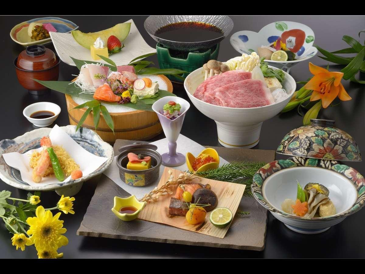 夕食一例。季節ごとの旬な食材を取り入れた和食会席