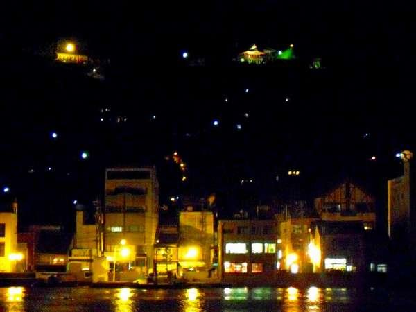 貸別荘から見える対岸、ノスタルジックな夜の尾道市街