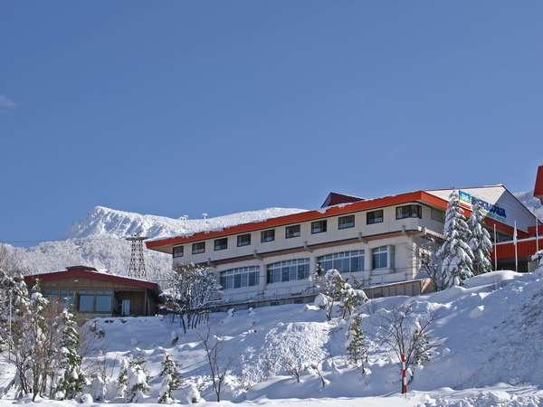 アストリアホテル外観(冬の景色です)