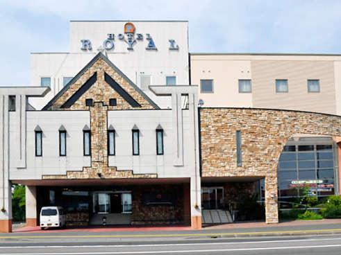 【ホテル外観】永続可能な環境型エコロジーホテルを目指して日々努力しております。