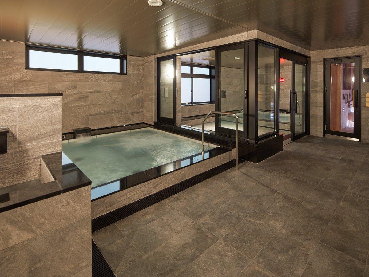 男性大浴場・水風呂・サウナ