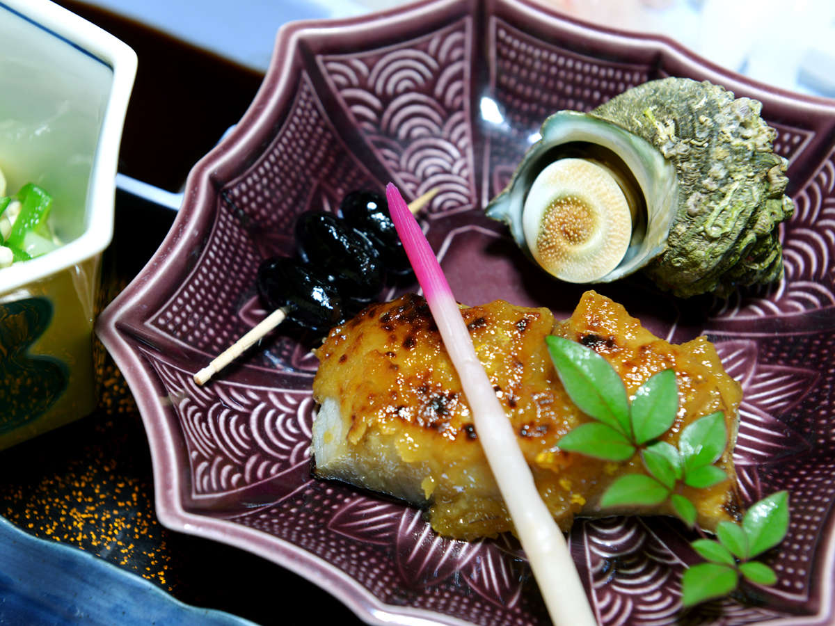 *【夕食一例】日本海の海の幸を存分にご堪能ください!