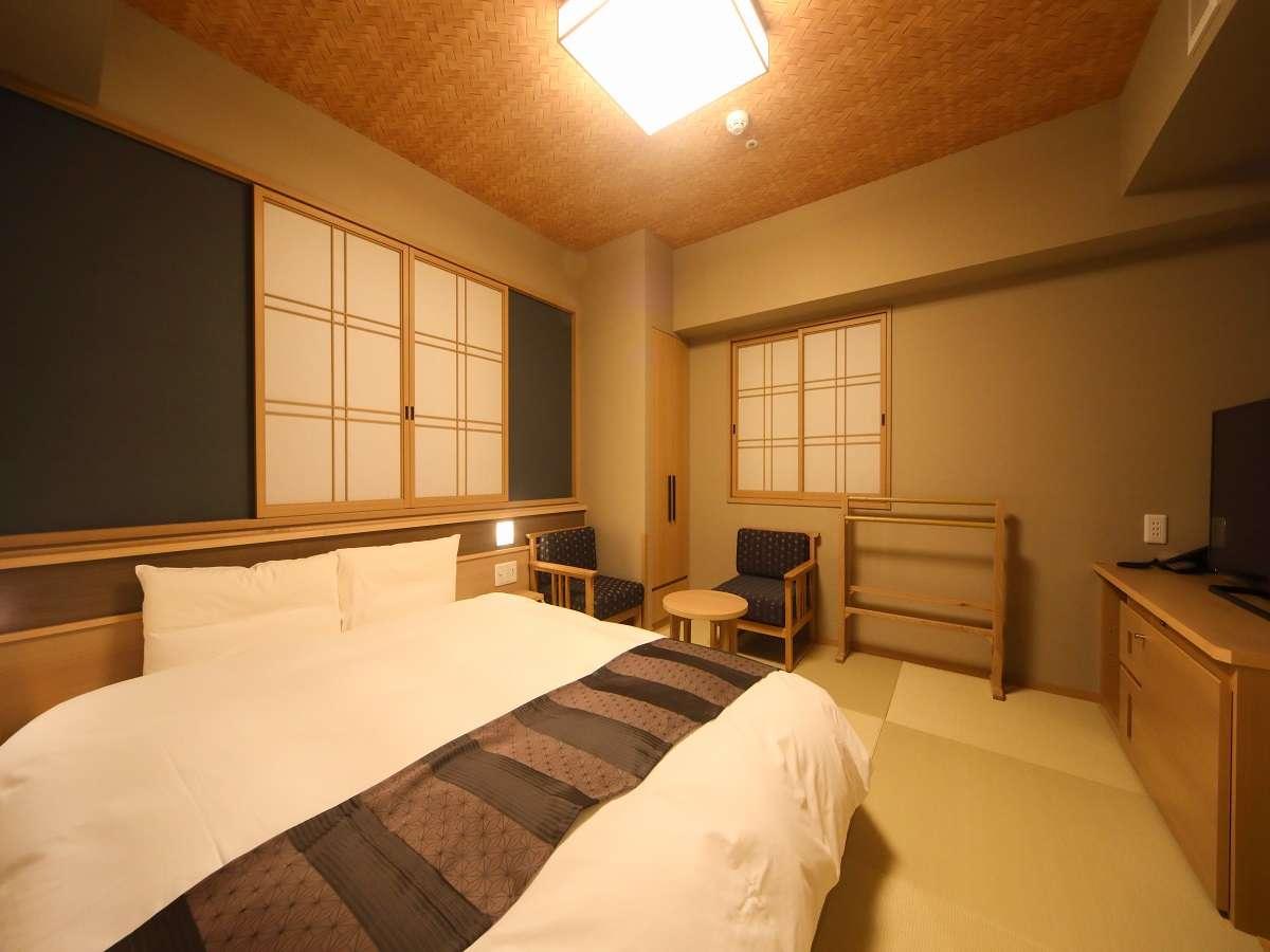 ■クイーンルーム(23㎡)■客室は畳敷きにてご用意■サータ社製ベッド(160cm×195cm)