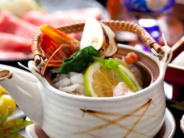 九州で修業した料理長の技が光る料理の数々