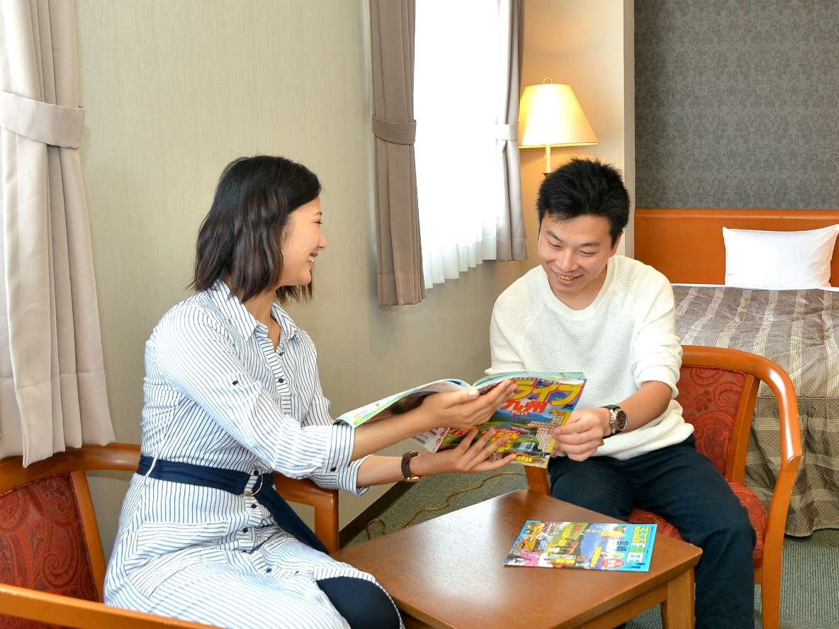 ホテル近辺には、美味しいお店がいっぱい♪スタッフ手作りの周辺マップもあるよ!