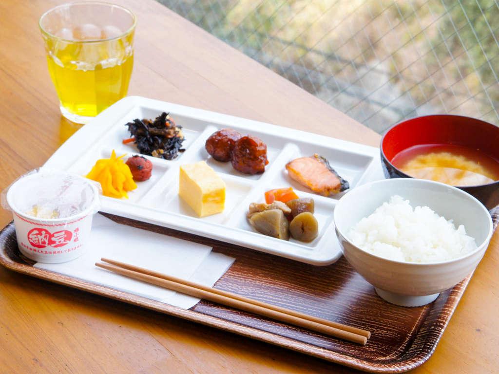 【朝食】和洋食バイキング日替わりにて提供しております♪