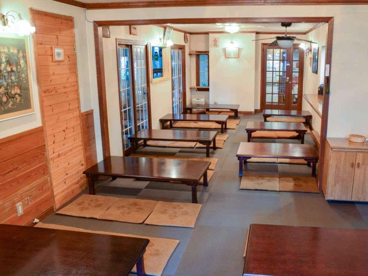 *食事処・宴会場/お食事はこちらでご用意いたします。宴会場としてもご利用可