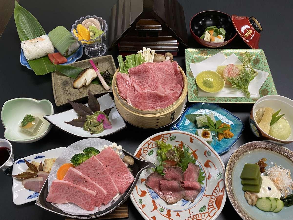 飛騨牛の「陶板」「セイロ蒸し」「ローストビーフ」が付いた会席。飛騨牛を沢山食べたい人にお勧めです!