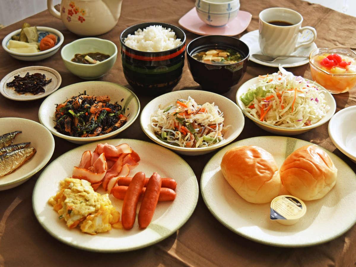【朝食バイキング】和洋食を豊富に取り揃えております♪