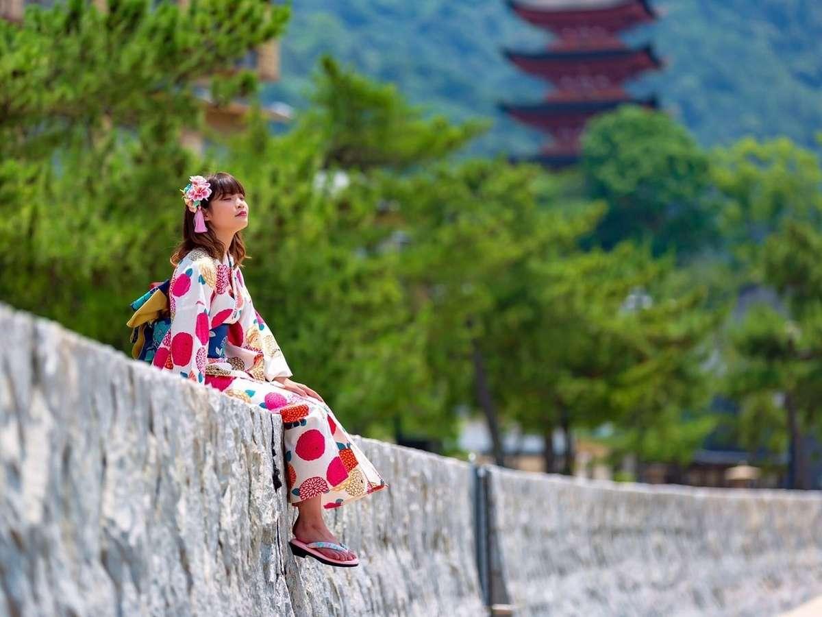 宮島の自然と歴史の調和のとれた景色に溶け込んでみてはいかが?♪