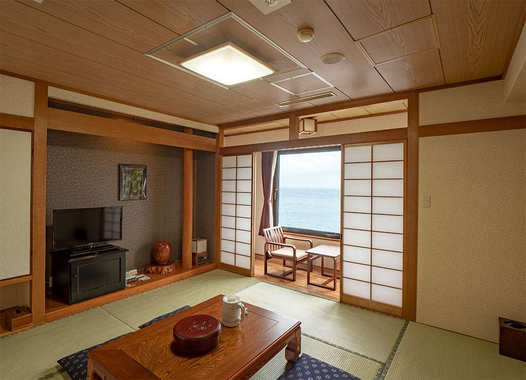 新館和室8畳タイプのお部屋です。