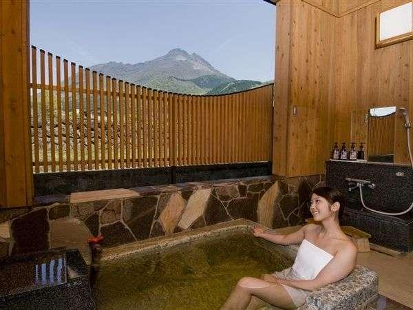 由布岳を望みながら温泉で癒しを・・・