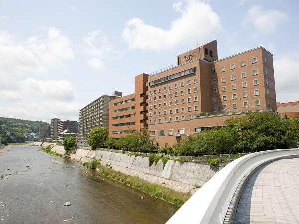 川側景観のお部屋もお選び出来ます。