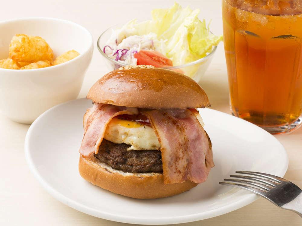 朝食会場…1階ベッカーズ・朝食時間…6:45am~10:00am