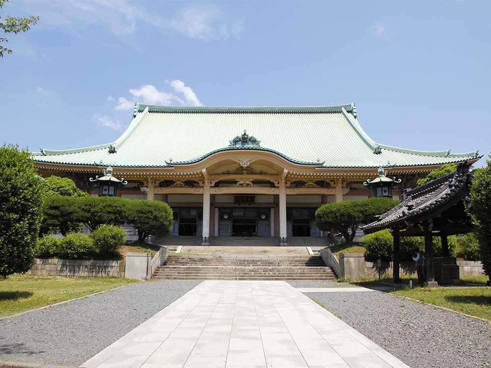 大本山總持寺 ホテルから徒歩で約10分。福井県の永平寺と並び、二つある曹洞宗の大本山。