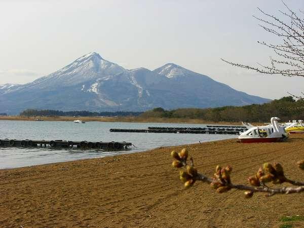 一時間弱で行ける猪苗代湖と宝の山「会津磐梯山」