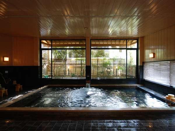 【大浴場/朋來の湯】ゆったりと良質の温泉で疲れを癒していただきます