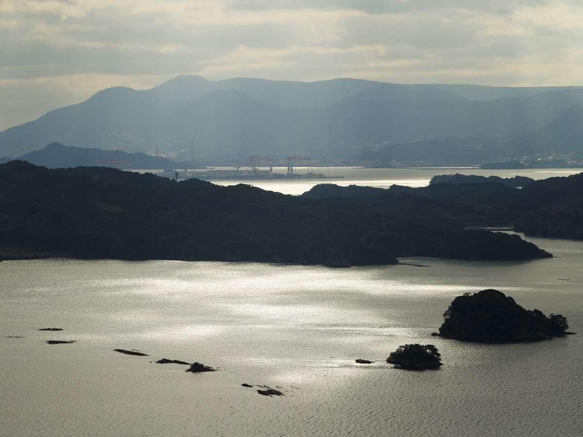 いろは島は伊万里湾に囲まれていて、年間通して穏やかで美しい海が見れます。