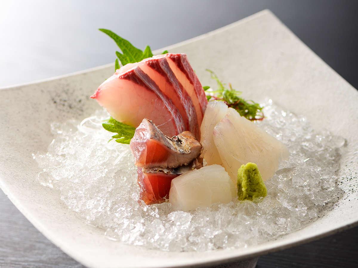 【夏の肥前会席】近海で採れた新鮮な地魚四種のお造り ※イメージ