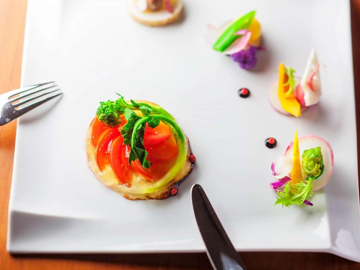 野菜は無農薬・無肥料で栽培した自家菜園のもの、もしくは、オーガニックのものを中心に。