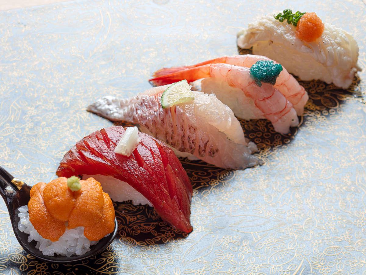 極金澤懐石では石川を代表するのど黒や料理長が厳選した海の幸を握りずしにてお召し上がりいただけます!