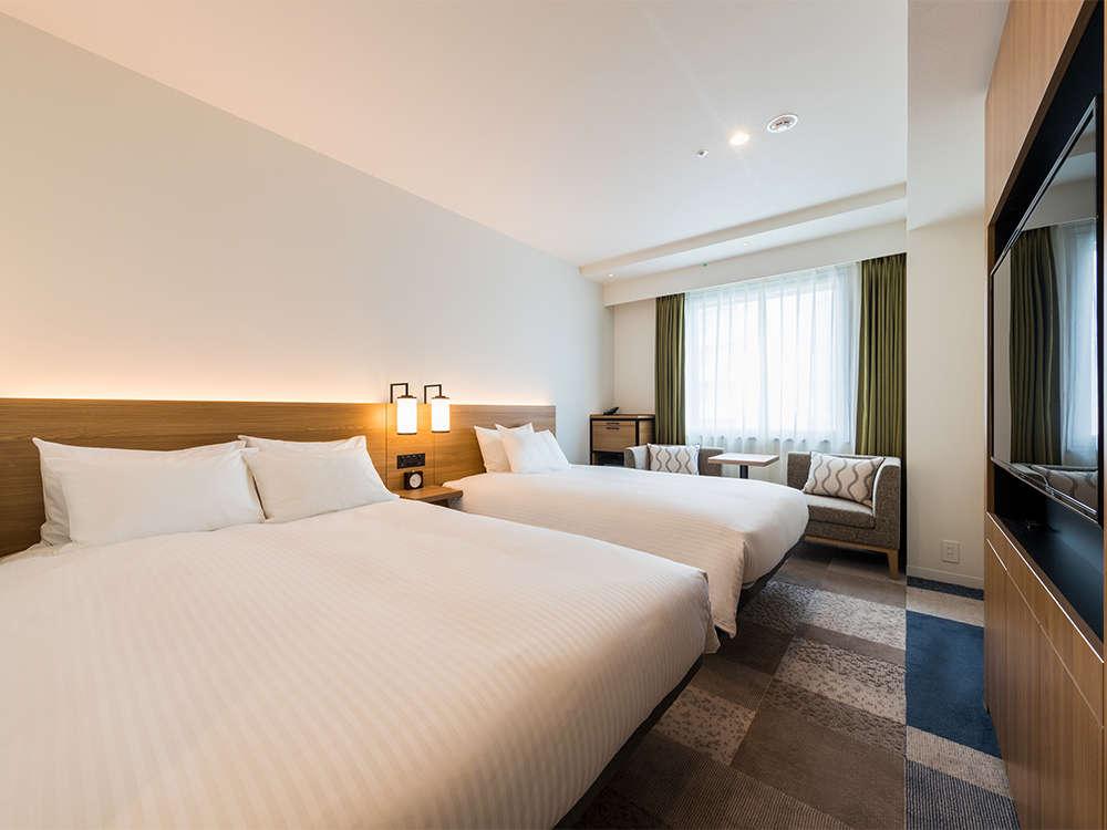 【客室】スーペリアツイン・部屋広さ…23.4㎡・宿泊人数…1~2名・ベッド幅…120cm.140cm