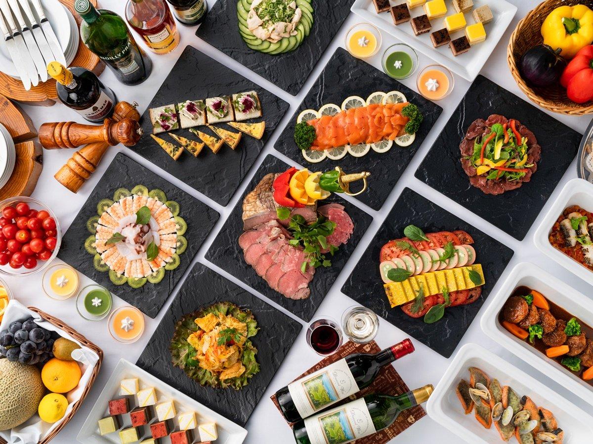 【マルセイユのディナービュッフェ】全50種類以上の季節のお料理を食べ放題でお楽しみいただけます。