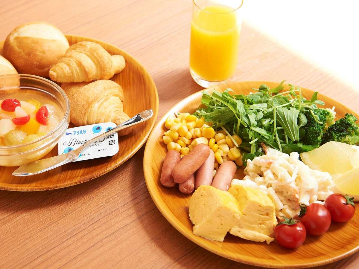 【ホテル・朝食】洋食メニューの盛り付け例です。あったかくてご飯のすすむメニューラインナップです