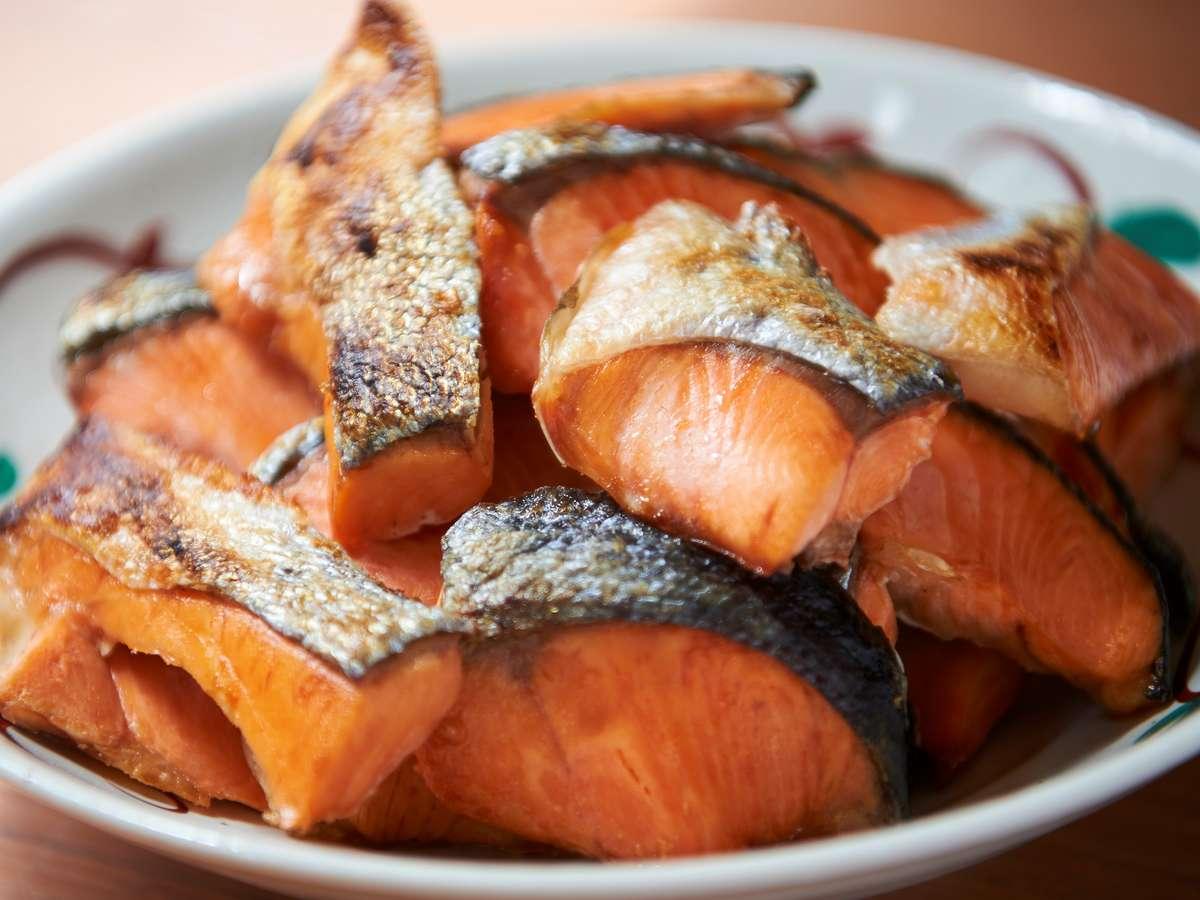 【ホテル・朝食】朝と言えば! 焼き魚です。こちらは日替わりなどで旬のお魚をご用意。