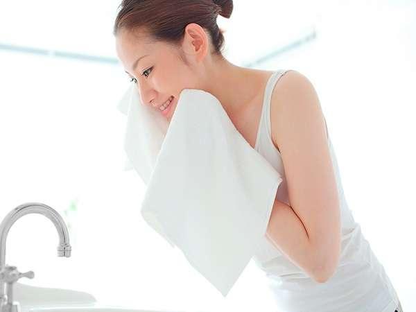 【全館・設備】全館、お水は肌にやさしい浄水をご用意。飲むのに、洗うにも高品質なお水で快適ステイ