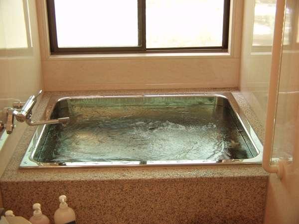 お風呂は貸切風呂になります(無料)