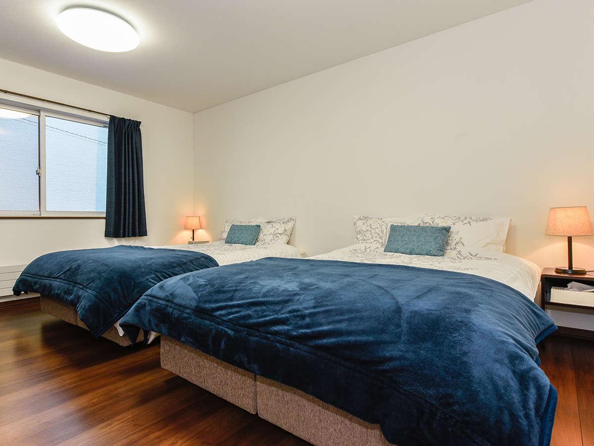 ・ベッドは「フランスベッド」を使用