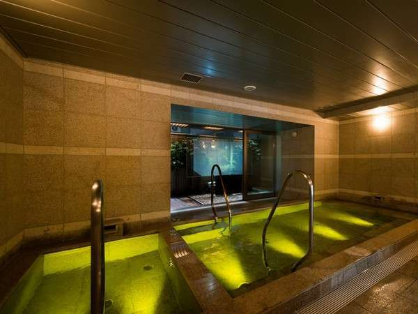 健康イオン水泉と高濃度人工炭酸泉の2つの浴槽をお楽しみ頂けます(男女共)