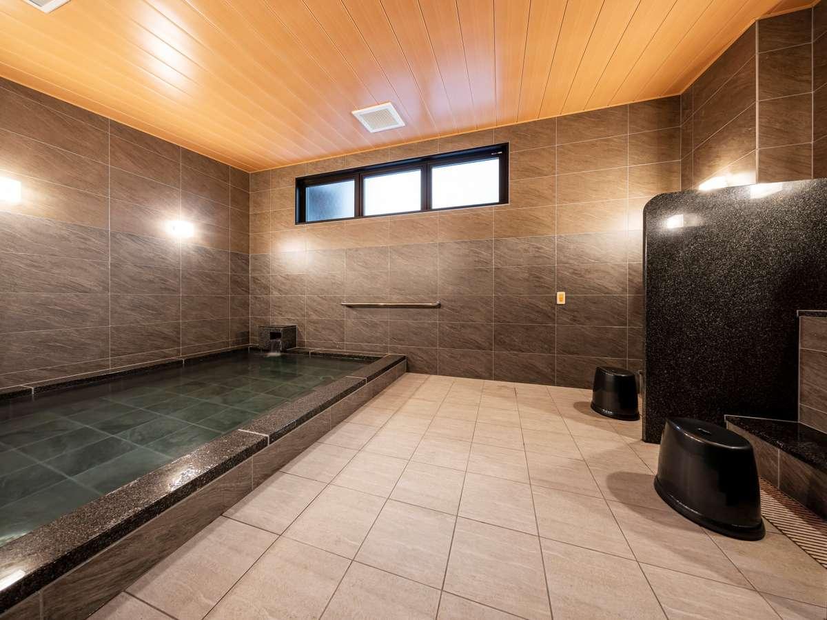 男性用大浴場②