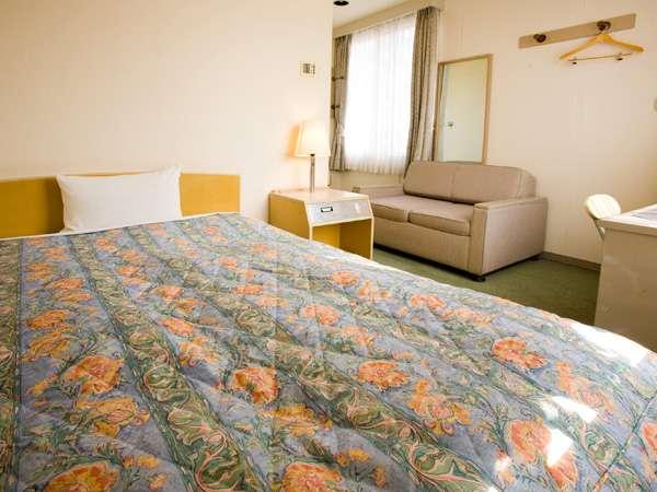 ビジネス・観光にシンプルで使いやすい客室