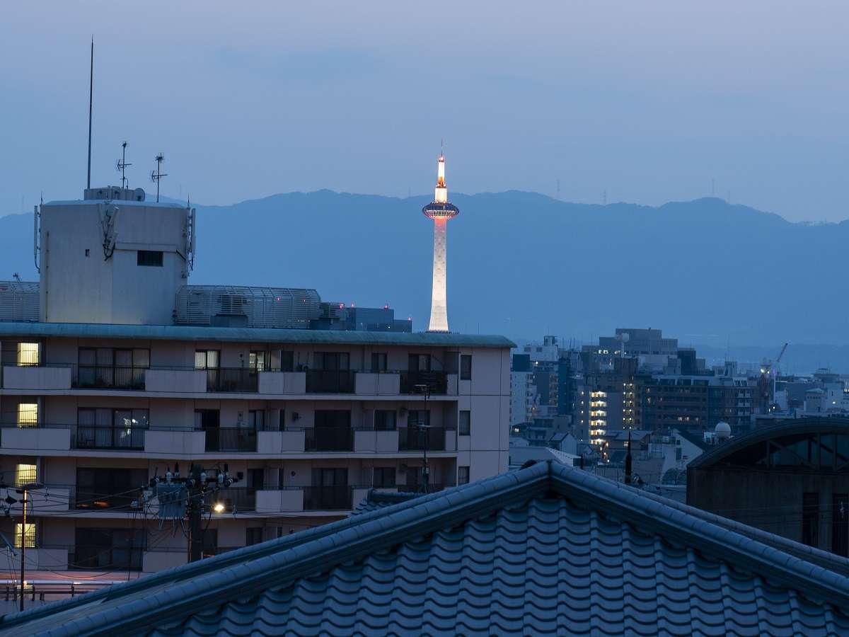 ルーフテラスから(京都タワー側)